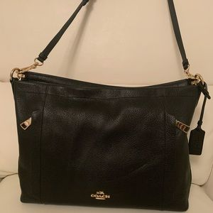 Coach Scout Pebbled Leather Hobo In Black